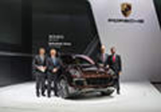 新款保时捷Cayenne闪耀2014广州国际车展