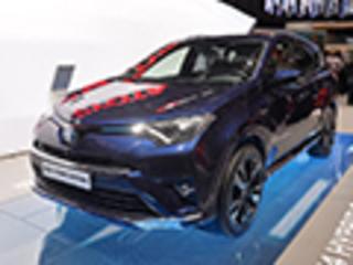 丰田推全新RAV4混动版 百公里油耗4.9升