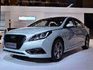 北京现代3新车今日上市 含国产混动车型