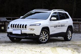 2016款Jeep自由光优惠促销 最高直降2万