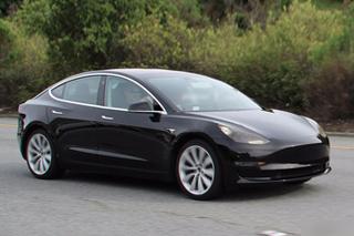 特斯拉Model 3无伪谍照 9月份开始交付