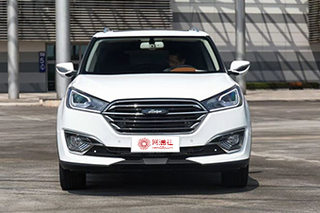 推荐1.5L 5MT豪华型 众泰T300购车手册