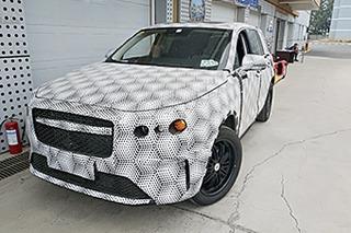 对标特斯拉Model X? 车和家首款SUV最新谍照