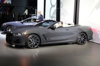 BMW 8系敞篷版正式发布亮相 百公里加速仅3.9秒