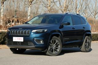 只为提升更多品质感 测全新Jeep自由光2.0T四驱