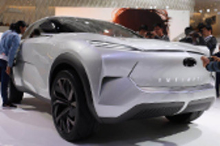 英菲尼迪轿跑概念SUV亮相