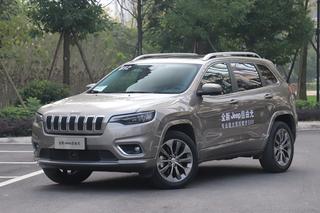 外观升级/动力提升 Jeep自由光新老对比