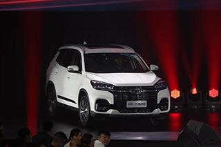 搭L2级自动驾驶系统 奇瑞新款瑞虎8售8.88万起